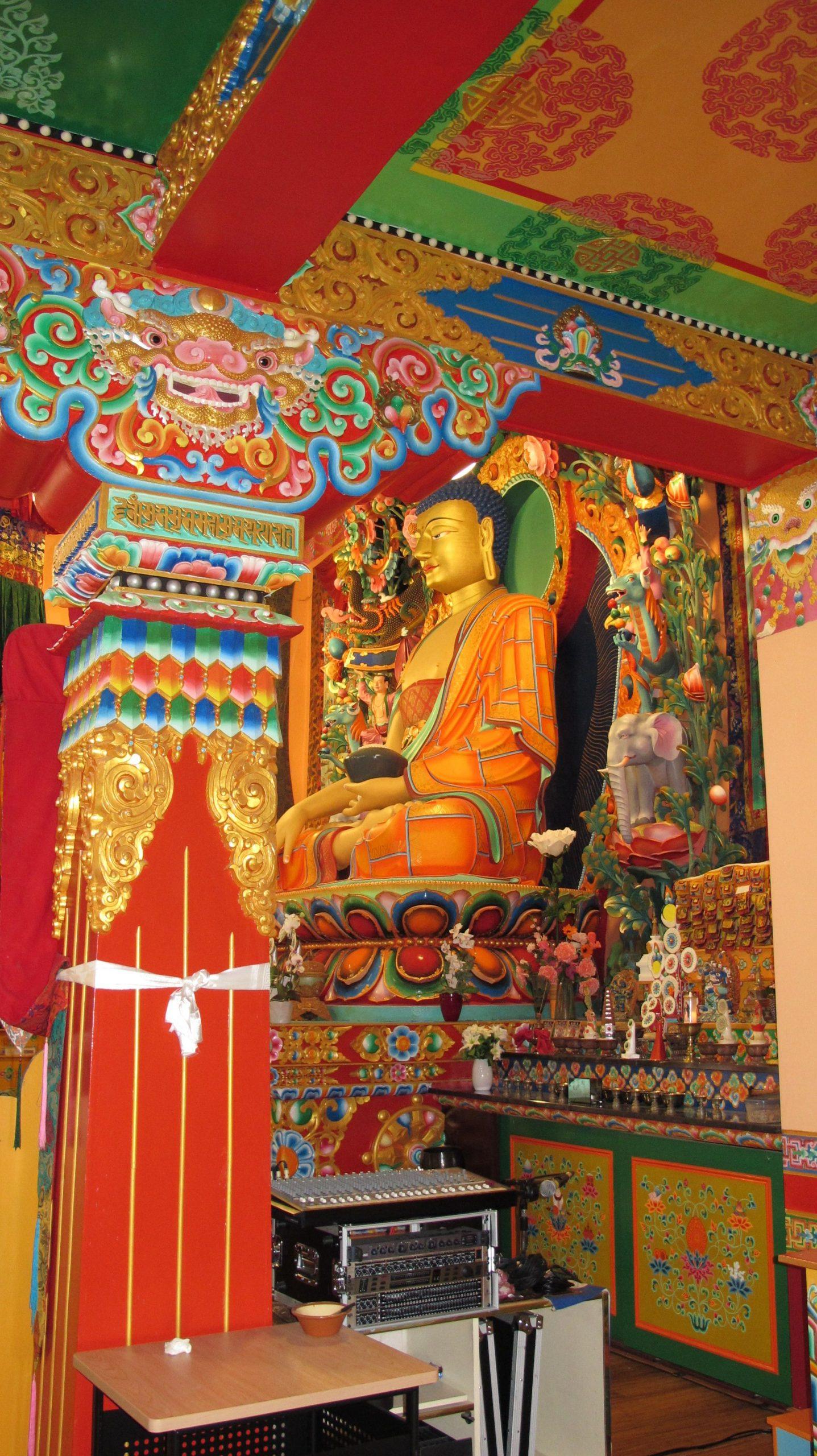 Boeddhabeeld tempel Huy