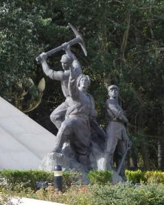 Tibet liberation monument. CC.