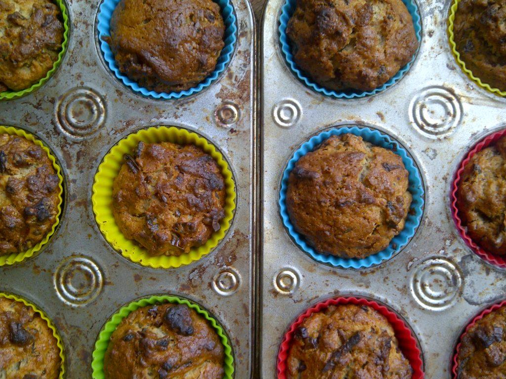 Dadelmuffins na het bakken.