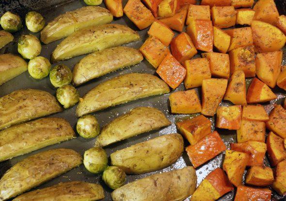 Beter rozemarijnaardappeltjes en groente uit de oven 21 2 2014