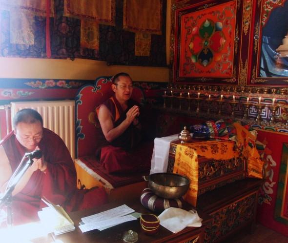 Losar foto 9 Lama gebed losar 2014 Tempel Schoten - Bianca