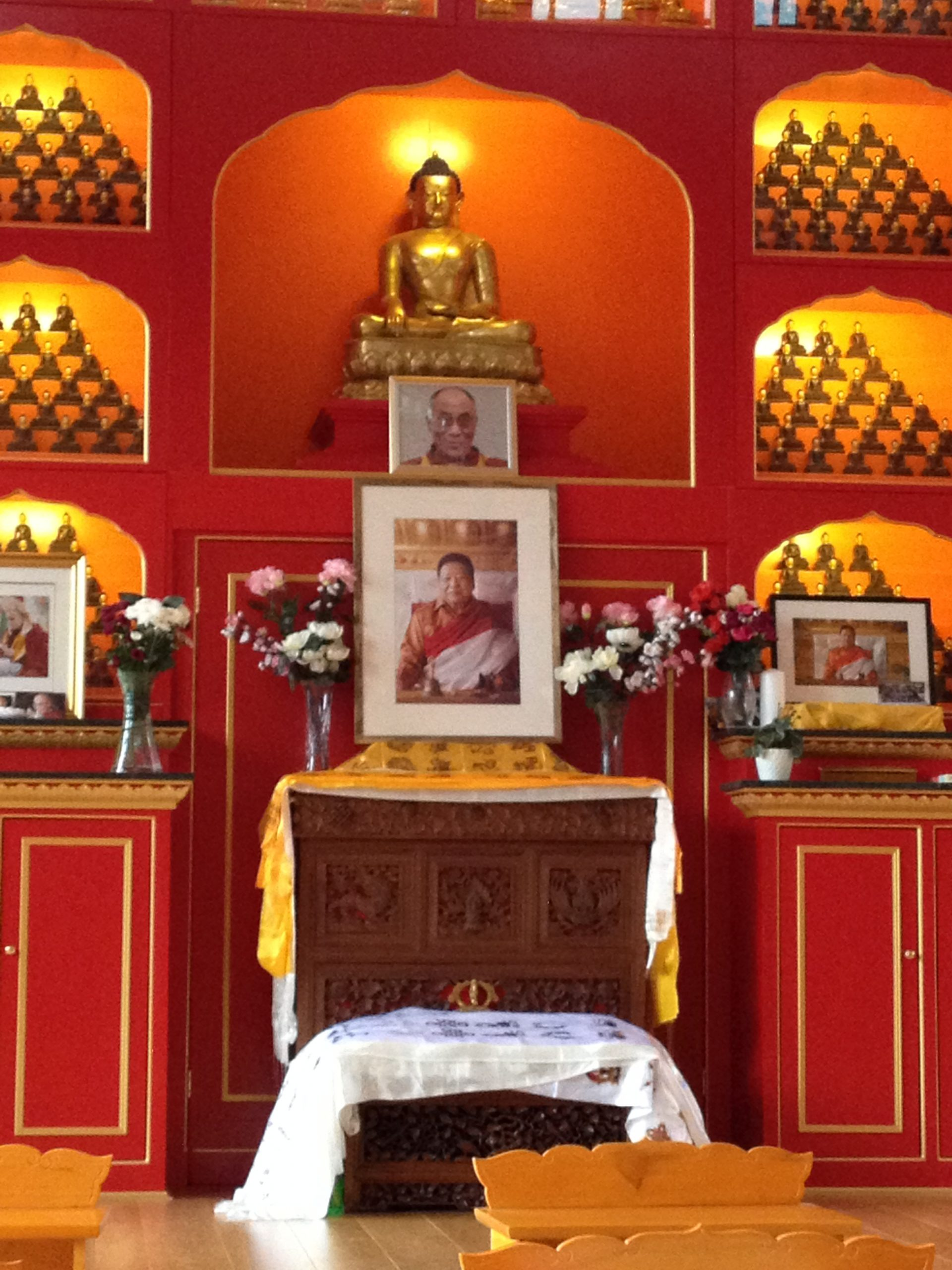 Samye Dzong Tib centrum in Londen foto Manu Grisar