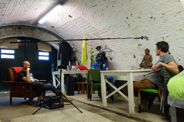 BidL film Raoel Deleo met camera en geluid in bomvrije bunker de film (2)